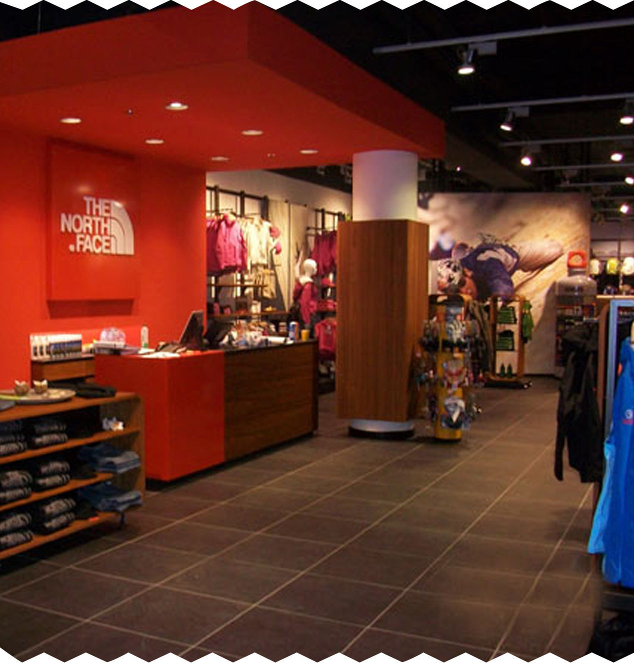 8 stores for travelers photo (3)