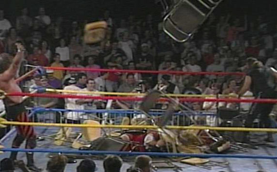 8 Insanely Real Moments in Pro Wresting - 4
