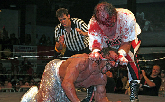 8 Insanely Real Moments in Pro Wresting - 5