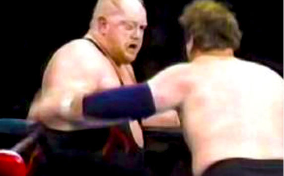 8 Insanely Real Moments in Pro Wresting - 7