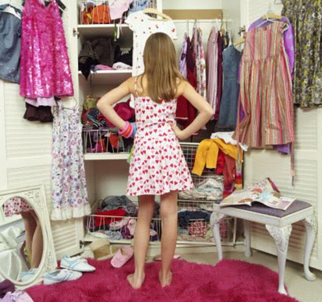 A Closet full of Clothes but Nothing to Wear-4V