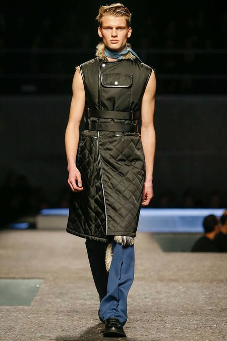 8-Revolutionary-Fashion-Forward-Menswear-Trends-photos 3