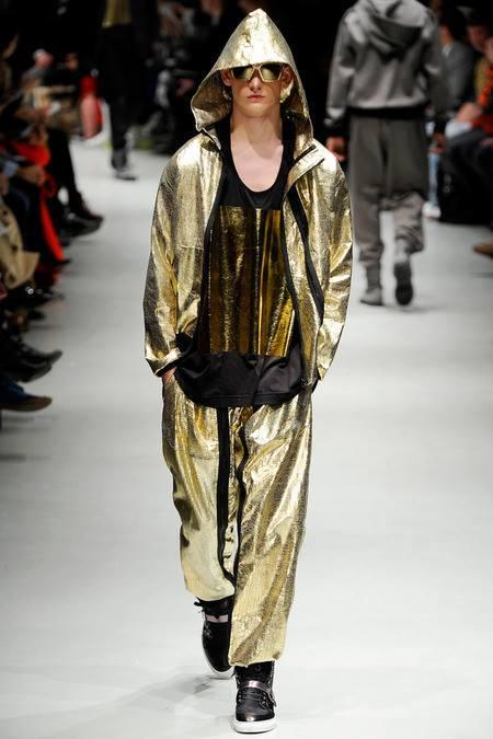 8-Revolutionary-Fashion-Forward-Menswear-Trends-photos 7