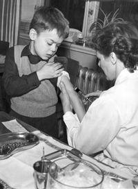 Polio_vaccination_in_Sweden_1957
